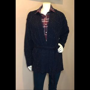 Woman's Navy cable knit open front cardigan